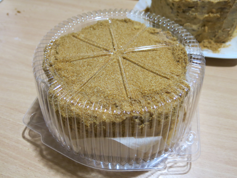 Медовые торты с натуральным медом на заказ к 8 марта и не только