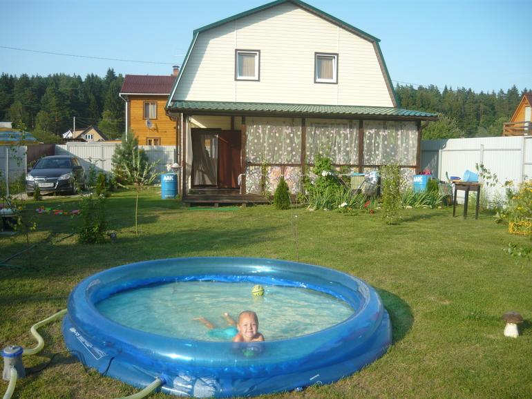 Продам надувной бассейн BestWay 305*76 и биотуалет