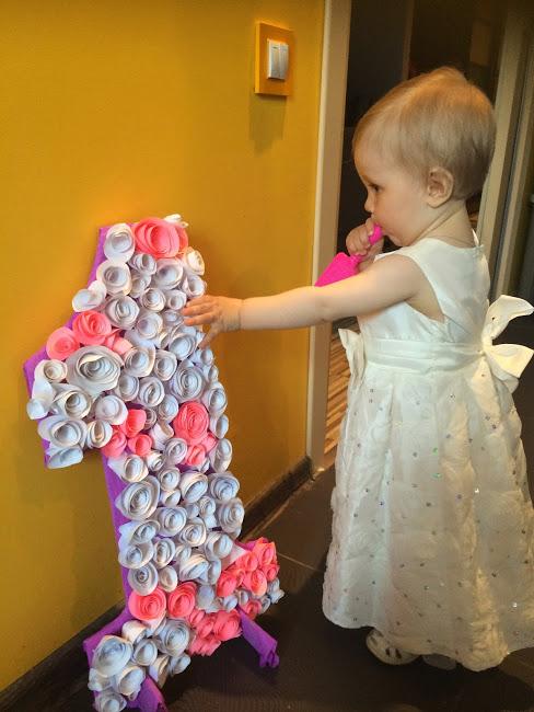 как украсить комнату на 1 годик девочке