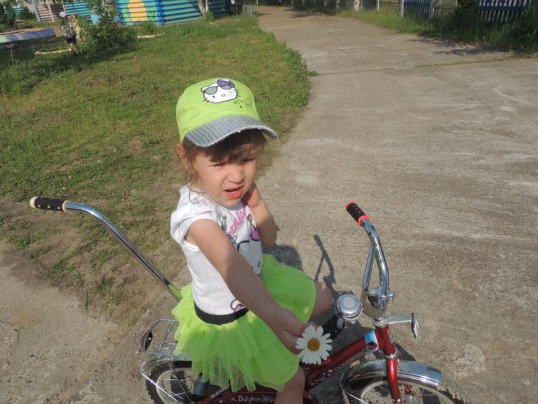 моя доченька Самира ей 4года