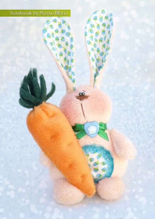 Зайцы приносящие счастье и..........морковки)))))