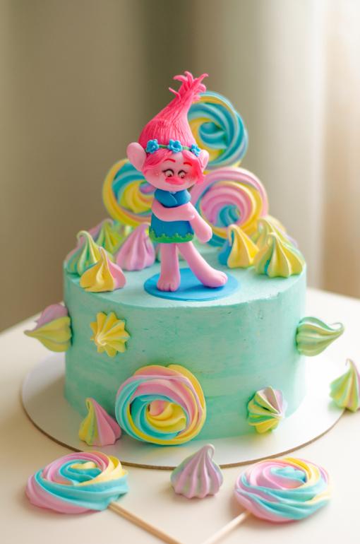 Торт с троллями спб
