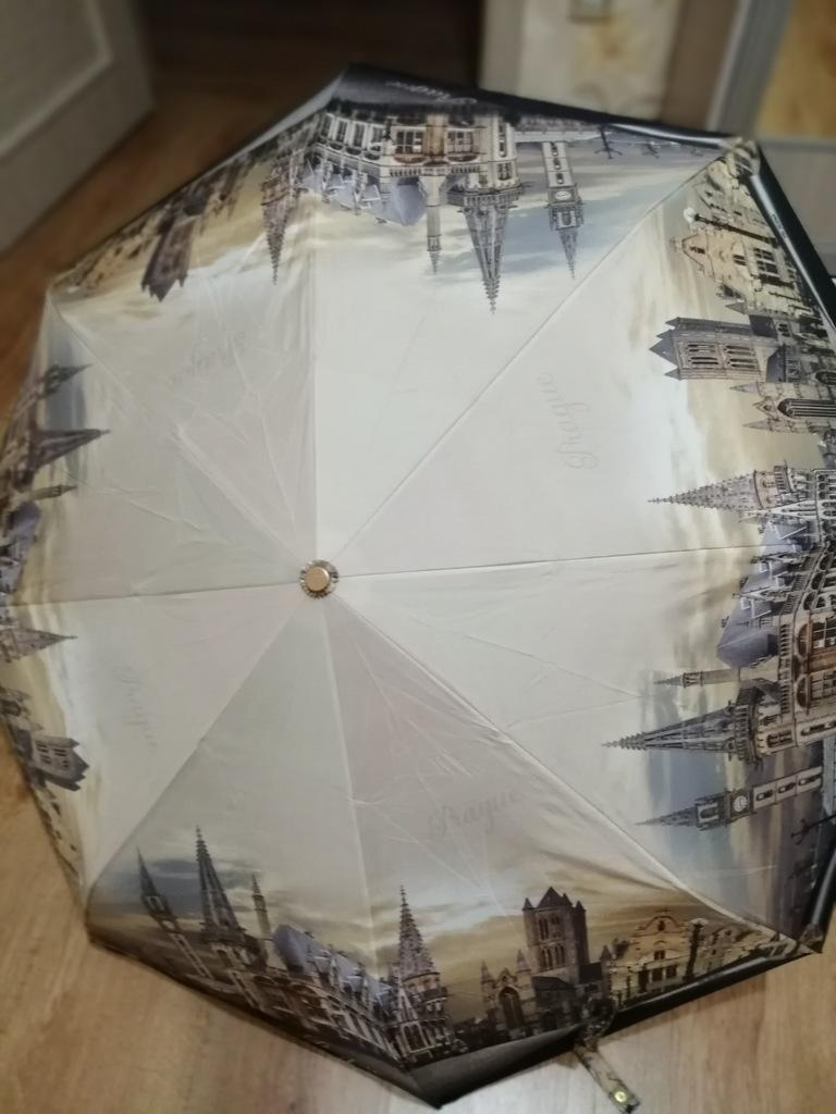 Зонт Три Слона  Прага