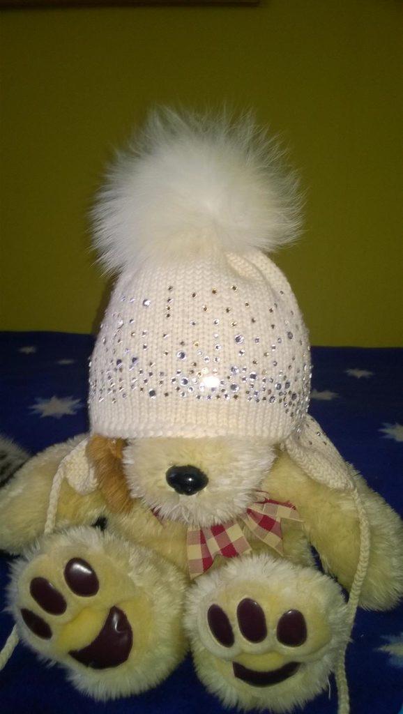 продам шапку как новая фирмы Tu-Tu