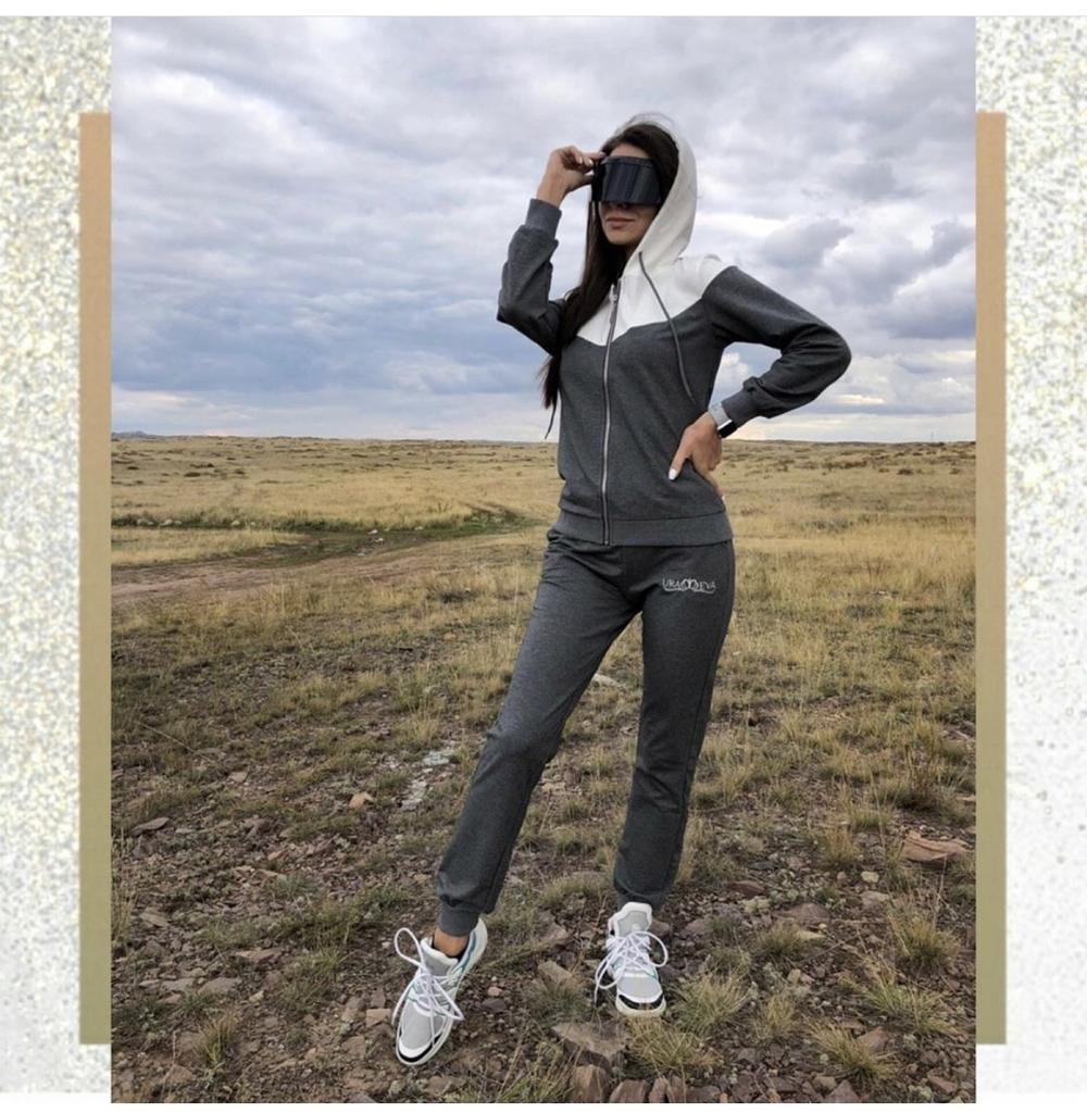 Спортивный костюм премиум качества «Ura Eva» новый