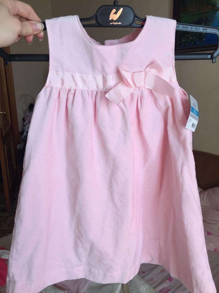 Очень красивое платье 👗 Carters 24 mes велюр новое