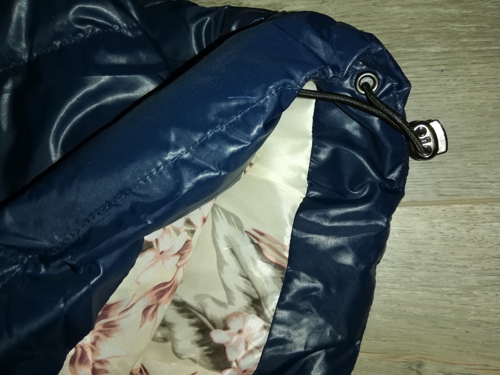 Куртка весна-осень новая цвет тёмно-синий р 44-48,