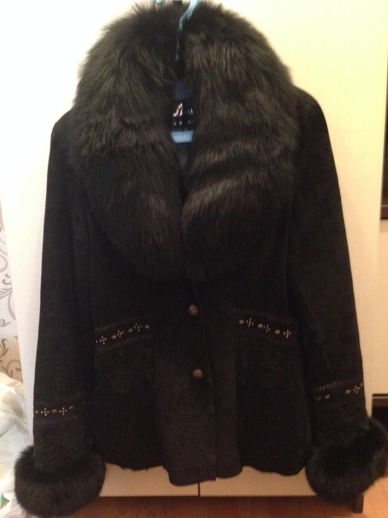 Курточка с натуральным мехом, песец.