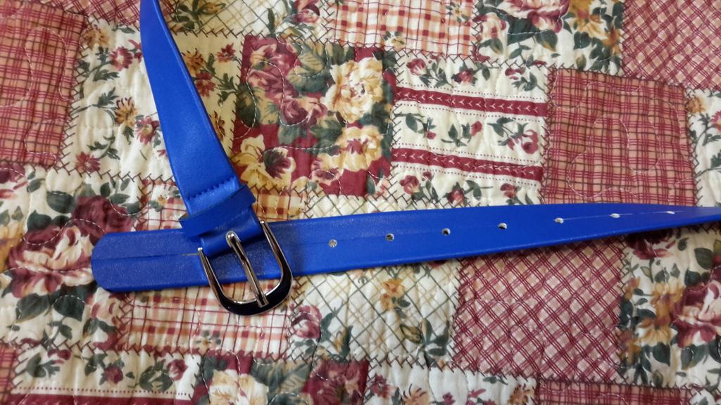 Ремень No name размер M к/з новый цвет ярко синий,
