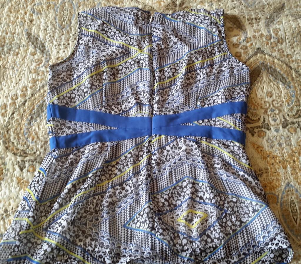 Блузка Bestia размер L на наш 48