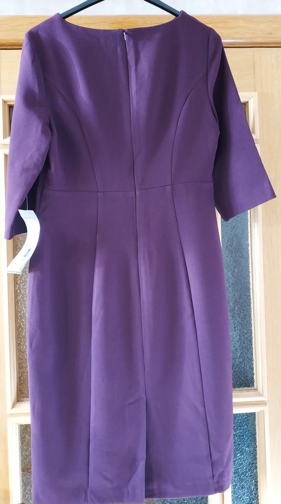 Платье Akimbo размер 46