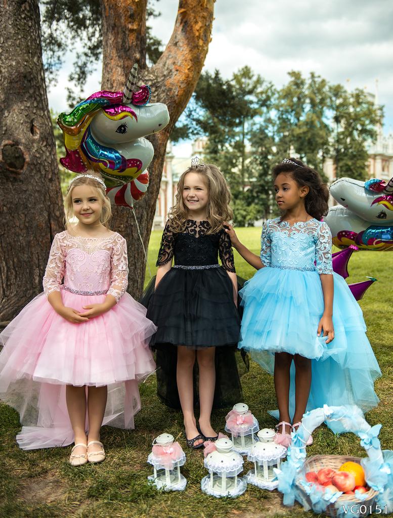 168d4bd4661 Продаю красивые праздничные детские платья в Москве - Барахолка Бебиблога