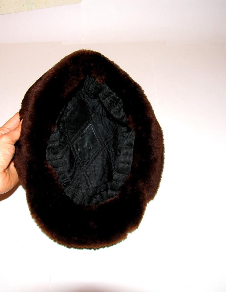 Шапка натуральный мех , винтажная меховая шляпа
