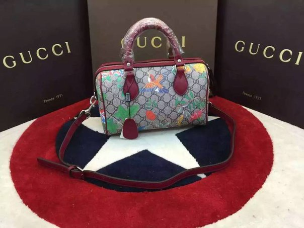 Gucci летнии сумки