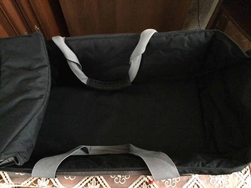 авто-кресло в подарок люлька
