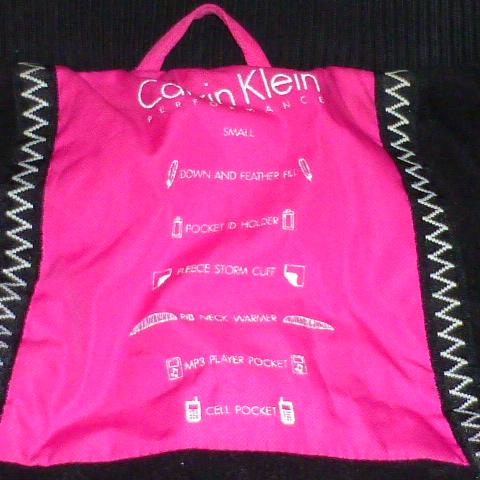 пуховик Calvin Klein р.S-M женский