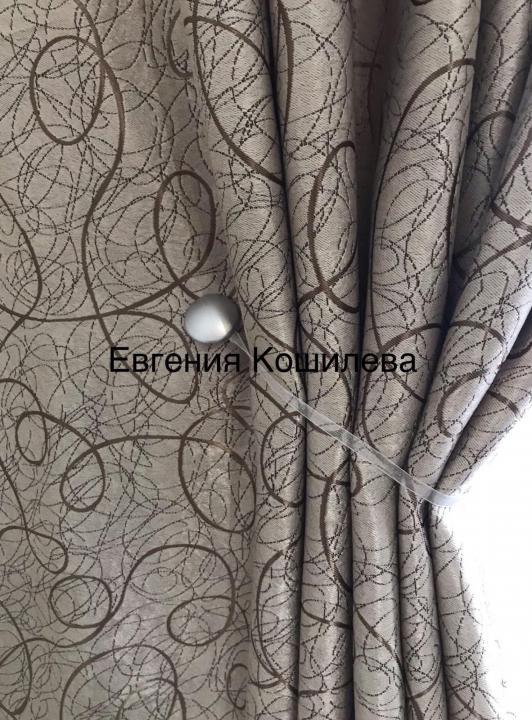 Плотные шторы с рисунком паутинка