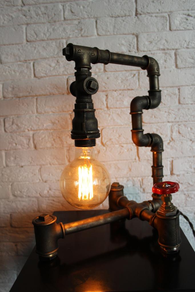 Настольная лампа в стиле лофт/ Loft design