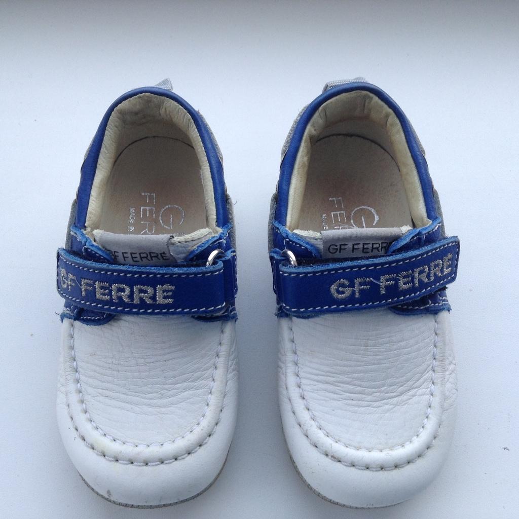 GF FERRE 21