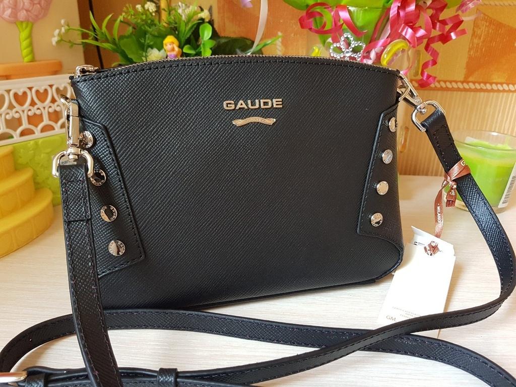 Новая сумочка из натуральной сафьяновой кожи