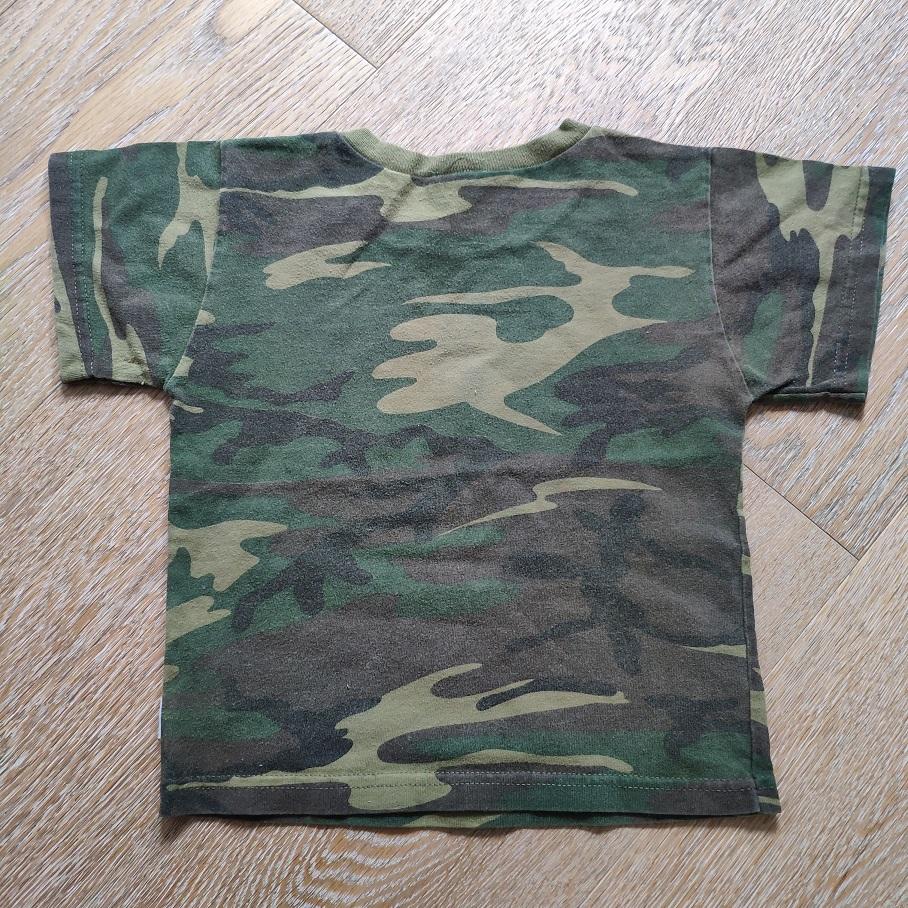 Rezerved + Spenser's 2 футболки б/у, 1,5-2 года