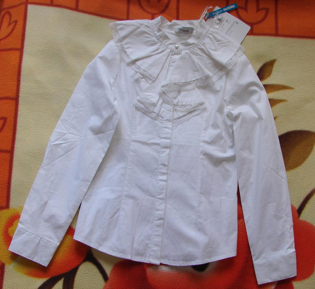 Новая школьная блузка Acoola, р.140