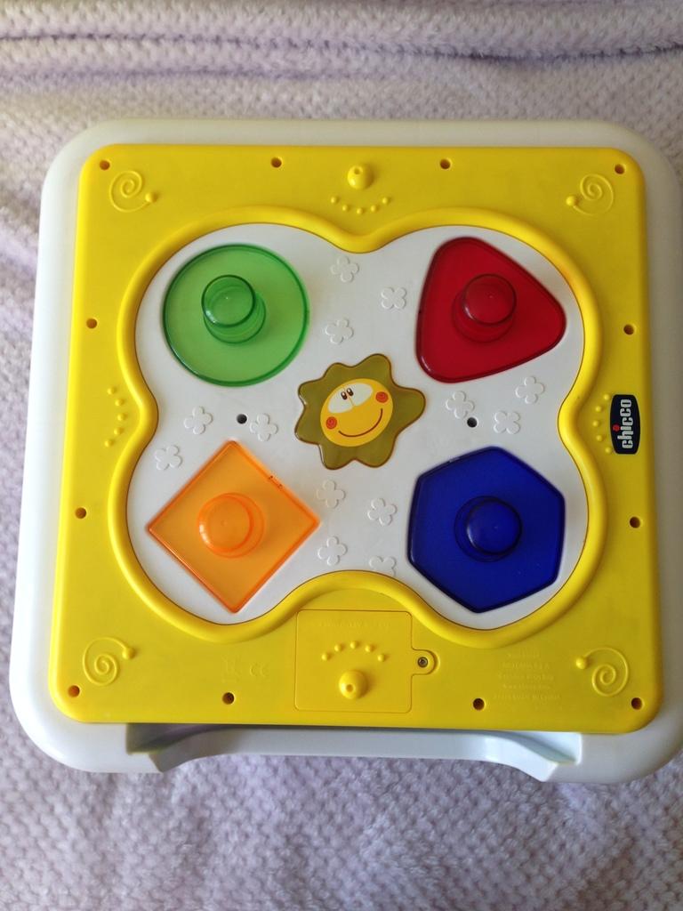 Chicco Modo Музыкально-игровой столик № 1331107316
