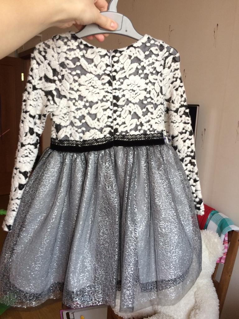 Нарядное платье Choupette 3-4г