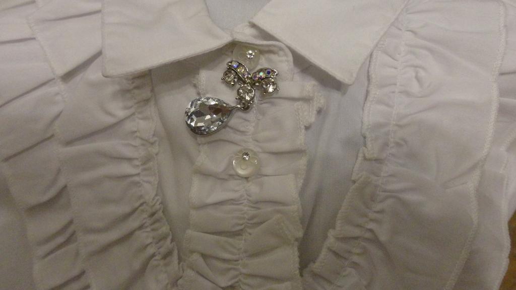 Новая блузка + блузка (б/у 1 раз)128-134р пакетом!