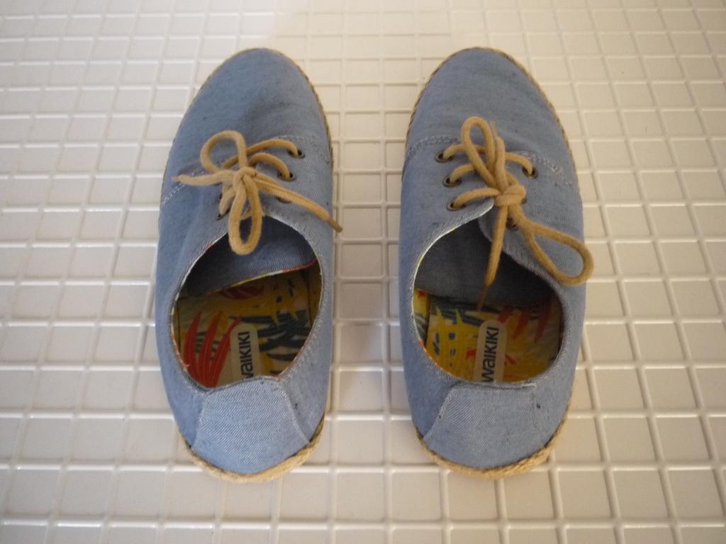 Туфли LC Waikiki б\у р 36 для мальчика в идеале