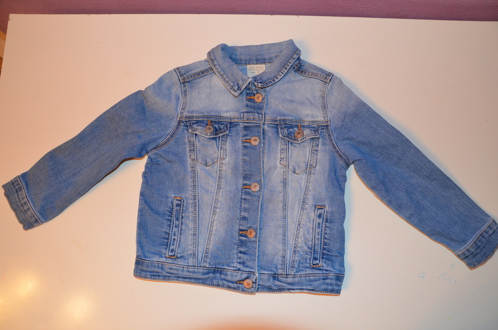 Джинсовая куртка Zara на девочку, размер 110
