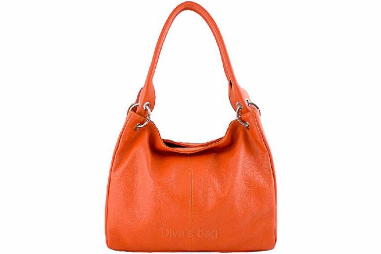 Распродажа женских итальянских сумок из кожи со скидкой в