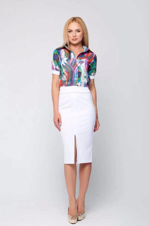 f9b7962a4a3 Блузка летняя. Куплена к вышеописанной юбке. Размер L (48). Сядет прекрасно  и на 46. На сайте рубашка стоит 3590. Продам за 1700. Если возьмете  комплектом - ...