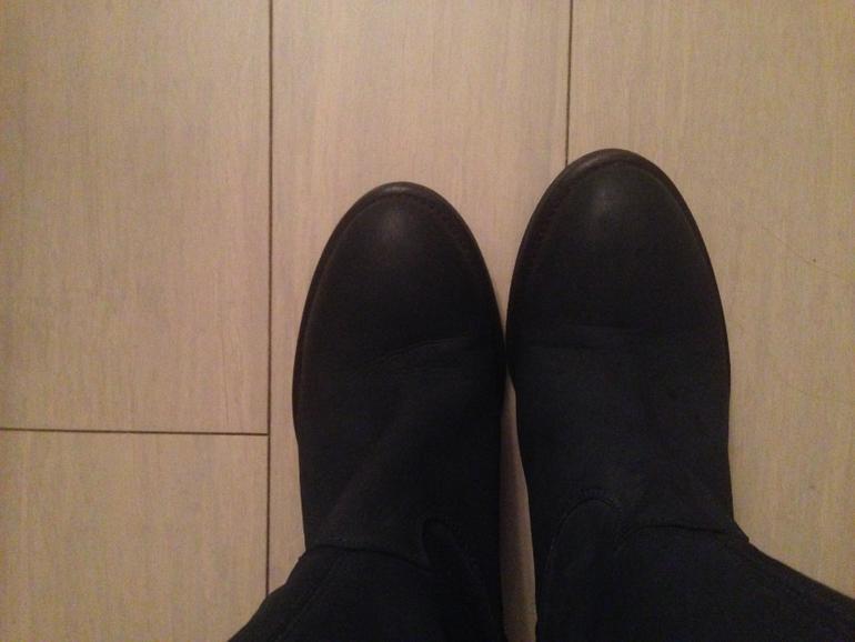 Последствия для члена от футджоба в туфлях 26 фотография