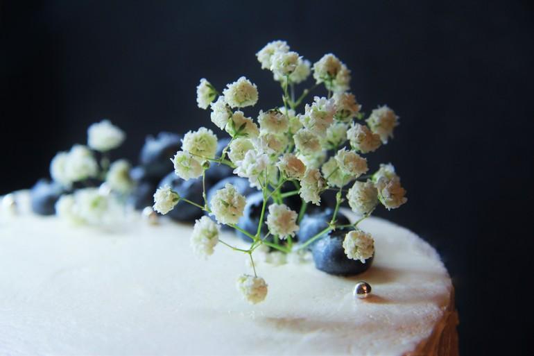 Декорируем домашний торт кремом «мокрое безе » Лучшие рецепты