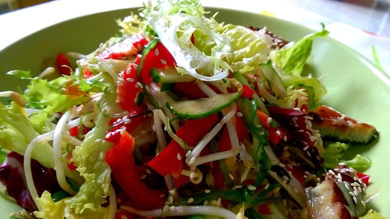 салат чука с угрем рецепт