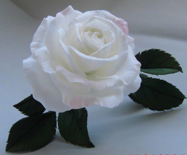 Из зефирного фоамирана цветы