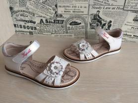 Новые сандалии Капика
