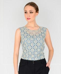 Блуза бежево-голубая гипюровая
