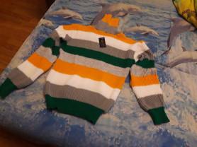 женский новый свитер