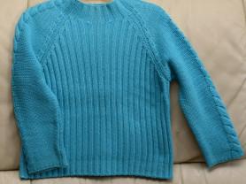 яркий свитер Benetton