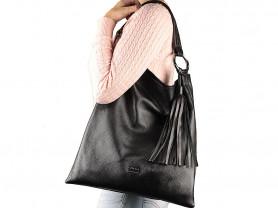 Новая кожаная сумка хоббо с  кисточкой Италия