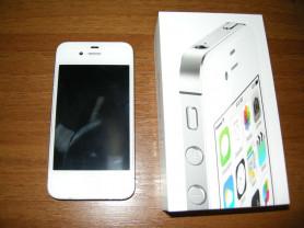 iphone 4s 8gb+11 чехлов