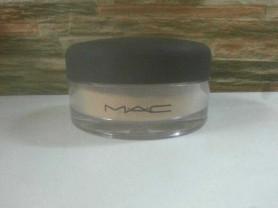 Рассыпчатая пудра MAC mineralize foundation/loose