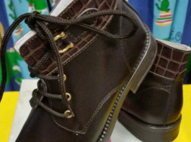 Новые демисезон кожаные ботинки 30 Италия