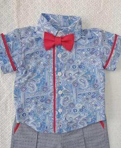 Рубашка принтованная с красной бабочкой