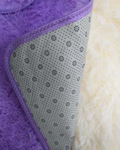 Меховые коврики в ванную комнату