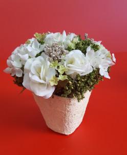 Мини-букет белых роз в кашпо
