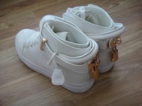 новые кожаные кеды Hermes,