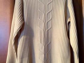 свитера р 46-48